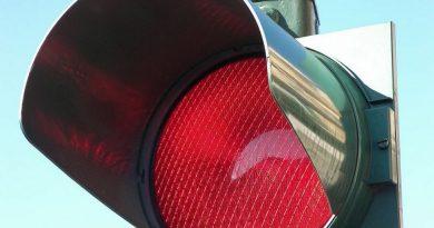 semafori per multare chi brucia il rosso