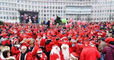 Raduno Babbi Natale Torino