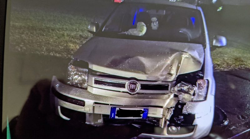 Auto incidente Piazza Polonia - Torino