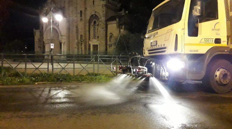 lavaggio strade Torino